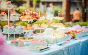 Jak urządzić udane przyjęcie poza domem?