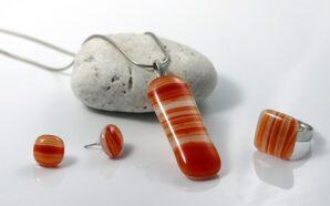 Kamienie do biżuterii – jakie są modne w tym sezonie?