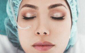 Co sprzyja rozszerzaniu się naczynek na twarzy? Jak z problemem…