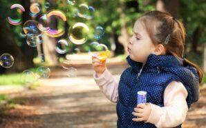 5 powodów, dla których warsztaty plastyczne dla dzieci to dobry…